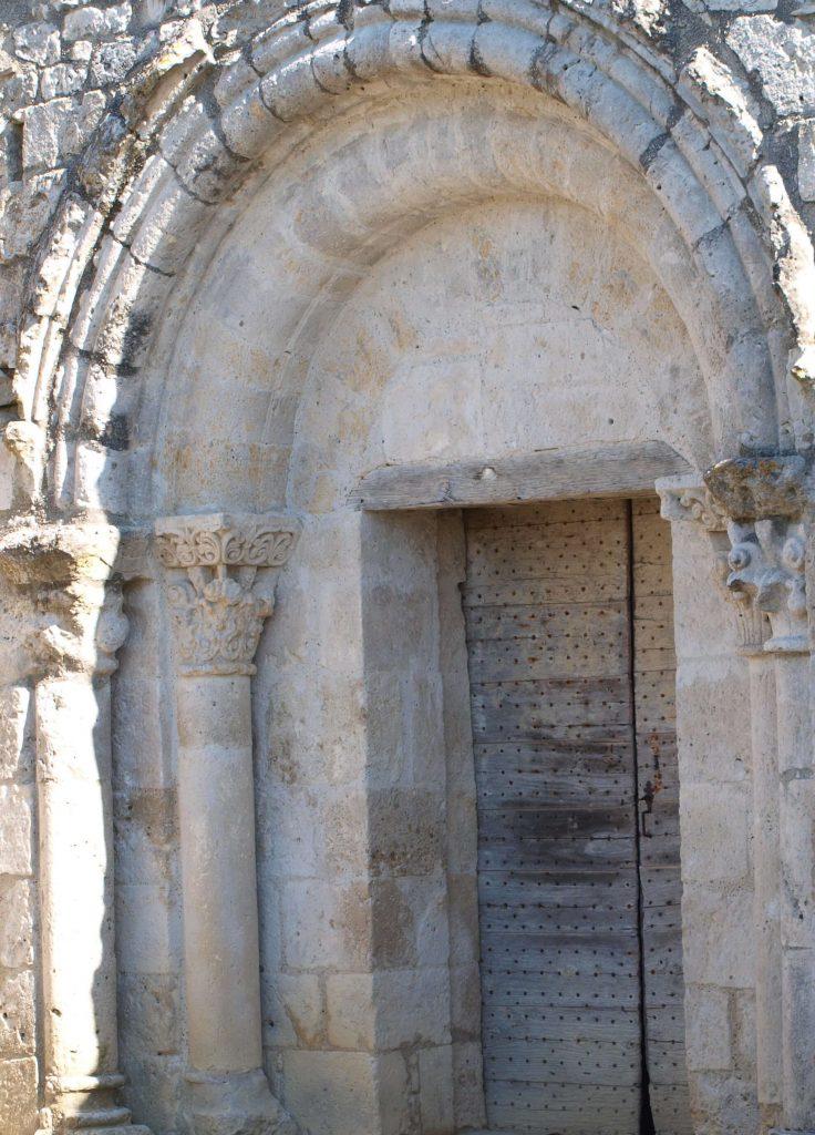 Porte de l'église de Marsac